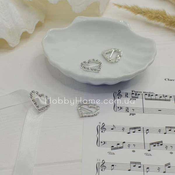 Серединка пряжка стразовая Сердце 20мм серебро