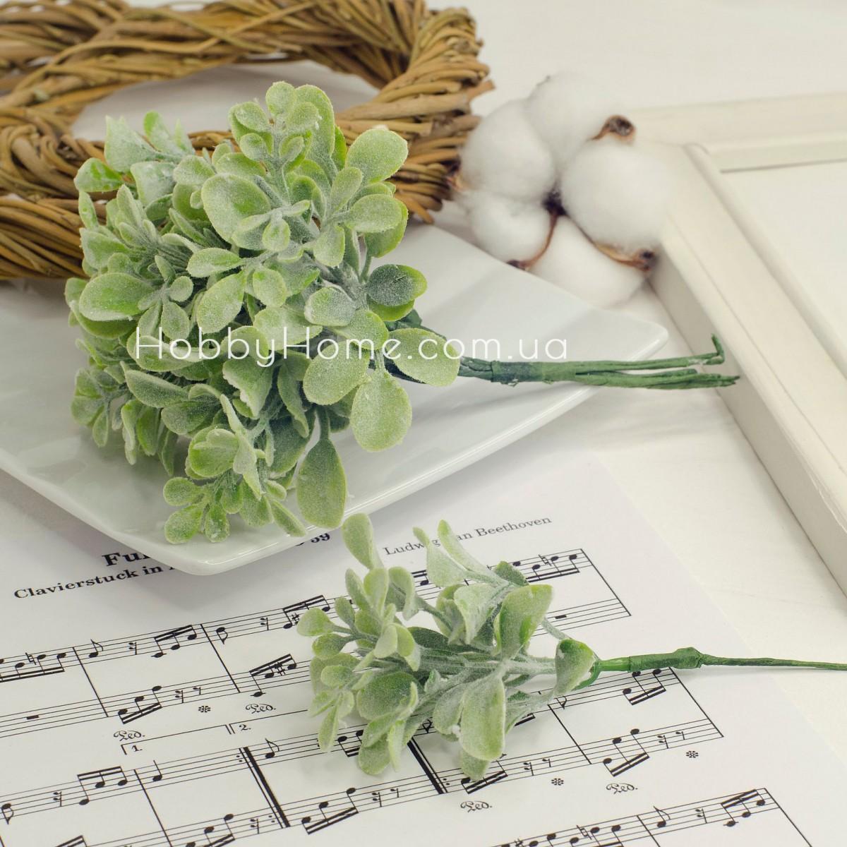 Ветка зелени мелкие листики 15см