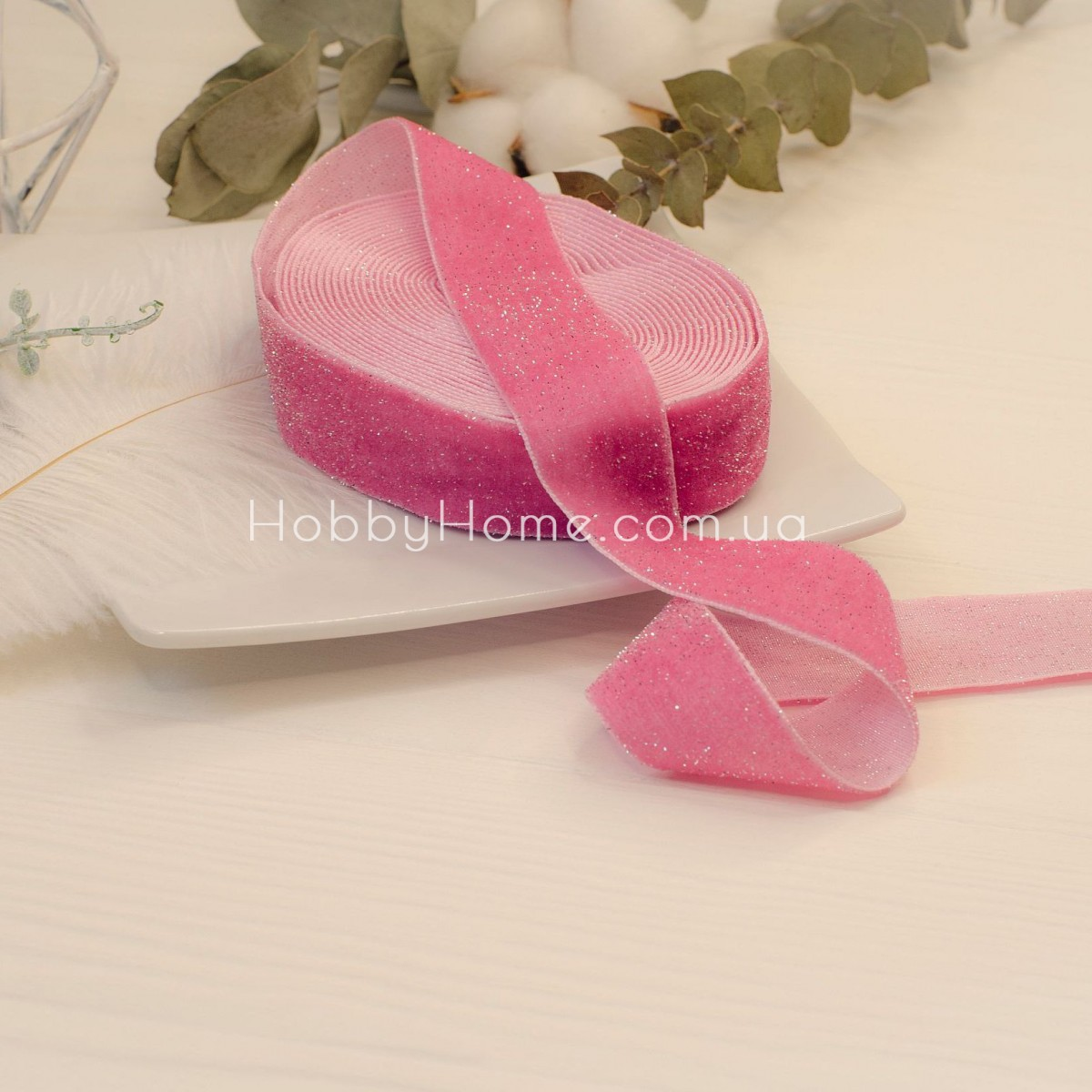 Стрічка оксамитова з блиском 2,5см, насичено рожева зі сріблом 50см