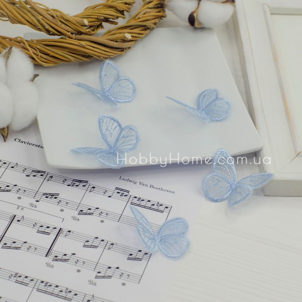 Бабочки ажурные , голубые