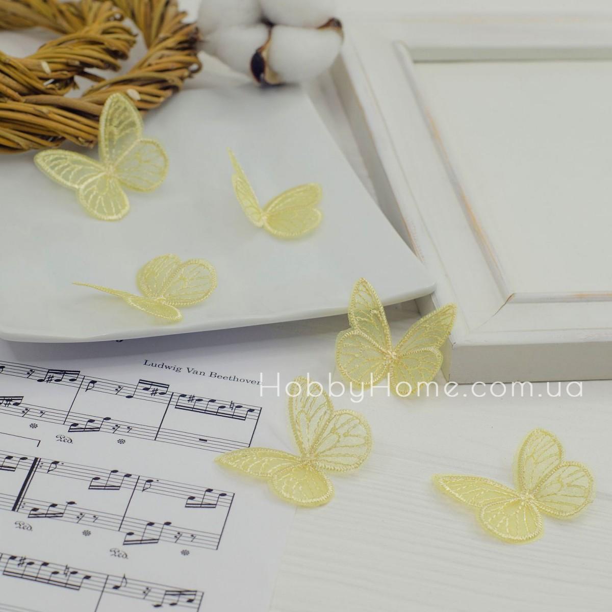 Бабочки ажурные , жёлтые
